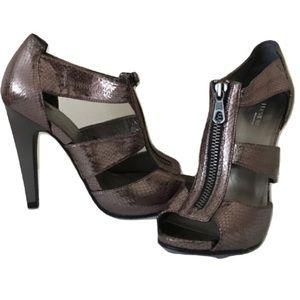 Preview International Heels Size 8.5 Lavender